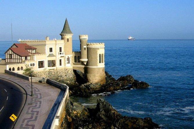 Famous Viña del Mar! Premium Walking Tour with a Native Guide