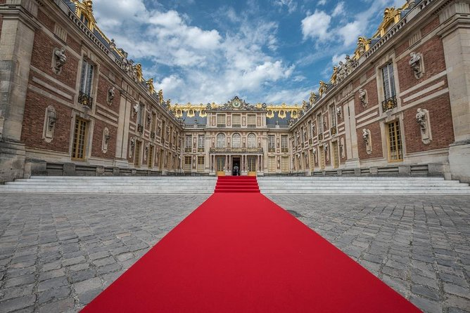 Private Full-Day Palace and Park of Versailles Guided Tour