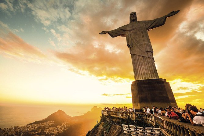 CITY TOUR + CRISTO REDENTOR (Ascending Train to Christ)