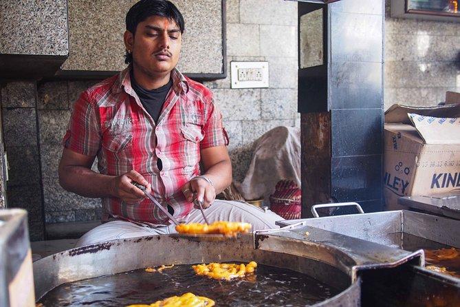 Foodies Walk Through New Delhi