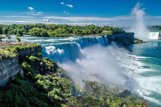 2-Day Niagara Falls Tour From New York/New Jersey with Corning Glass Museum