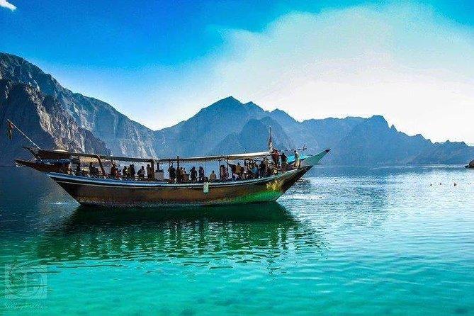 Musandam Dibba Cruise with Transfer
