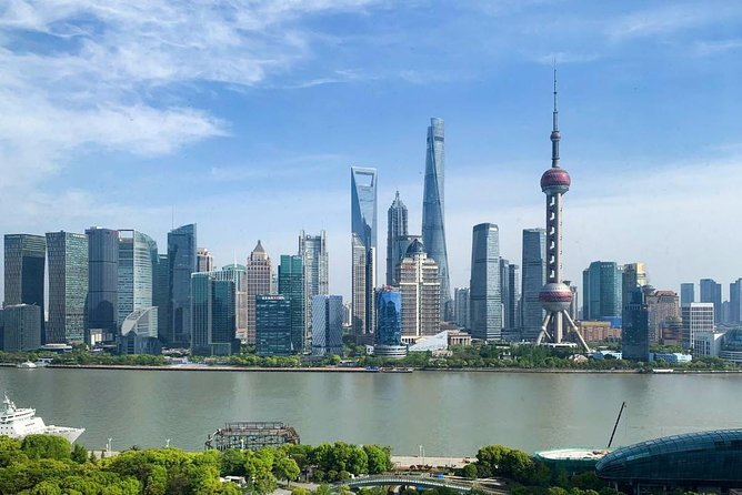 3-Day Private Golden Triangle Tour: Shanghai, Beijing and Xi'an from Chengdu