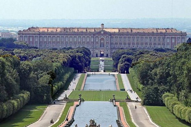Private transfer from Caserta to Naples Central Station