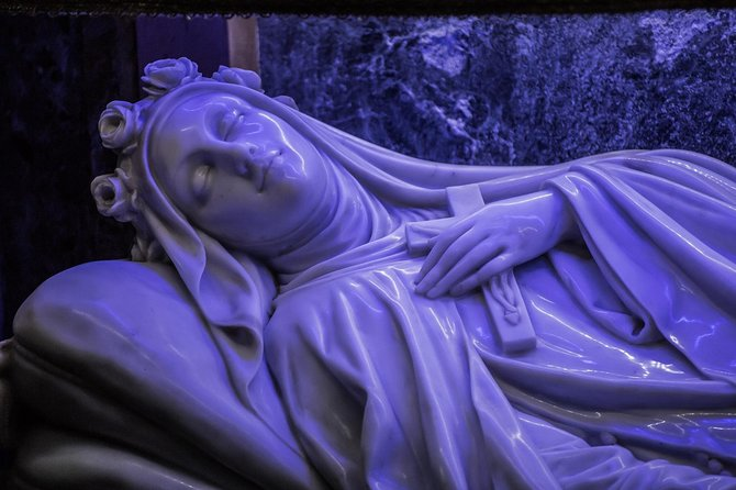 LISIEUX, 1 or 2 Day Visit the Sanctuary of St. Theresa and Follow her Footsteps