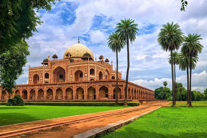 Full-Day Old and New Delhi Private Tour with Guide