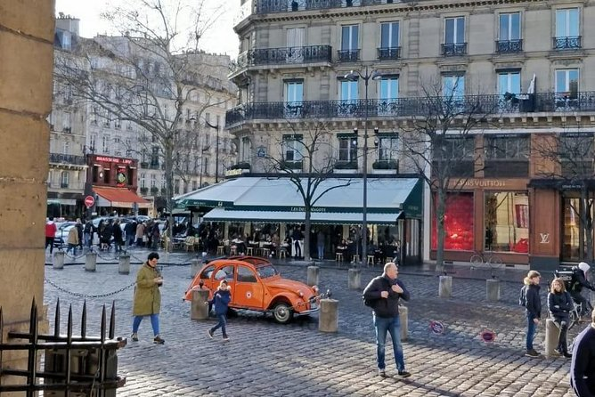 Walking tour with private guide Saint Germain des pres + free pastry 2H