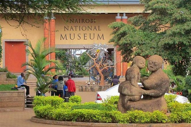 Half-Day Guided Tour to Nairobi National Museum and Snake Park
