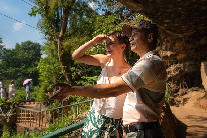 Kanchanaburi in 2 Days: Floating Market, River Kwai & Waterfall Private Tour