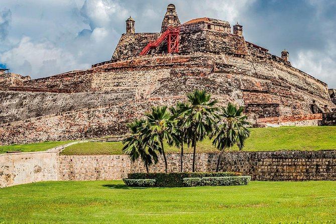 The Great Battle: Fort of San Felipe: Resistance and Glory
