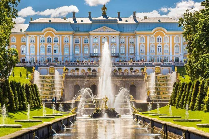 2 - Day Small Group Shore Excursion in St. Petersburg with Summer Residences