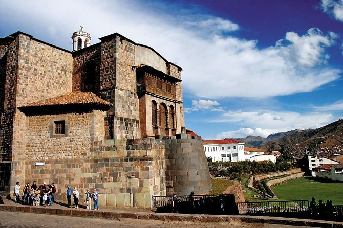 Cusco 2x1: City Tour & 4 Ruins + Visit to the Sacred Valley w / Lunch