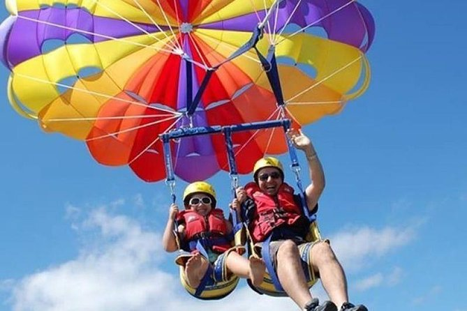 Enjoy Flying With Parasailing IN Hurghada
