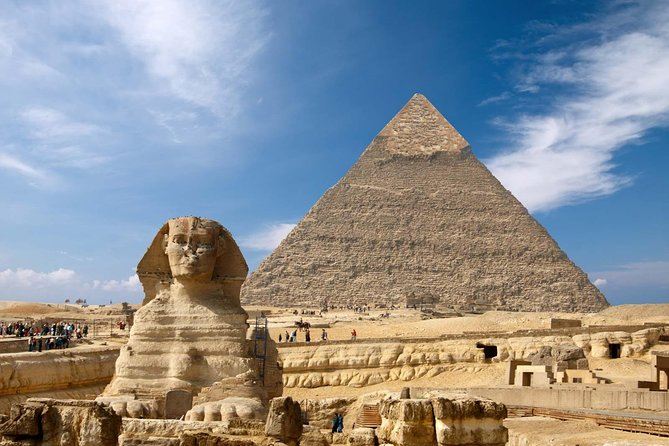 Day trip to the Pyramids, Sphinx and Egyptian Musuem