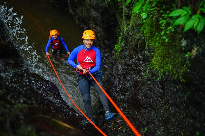 2-Hours Bali Gitgit Canyon Canyoning Experience