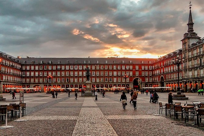 The Ghosts of Madrid: History and terror. Sensorial Audio Walk