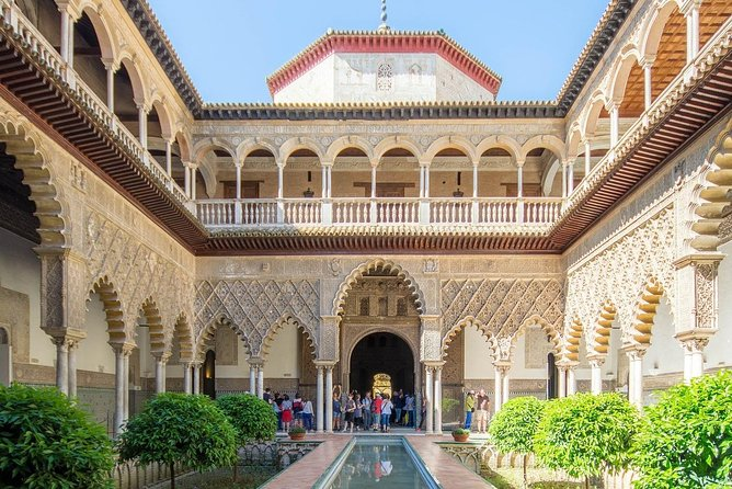 Seville Alcázar: Guided Premium Tour with Priority Entrance