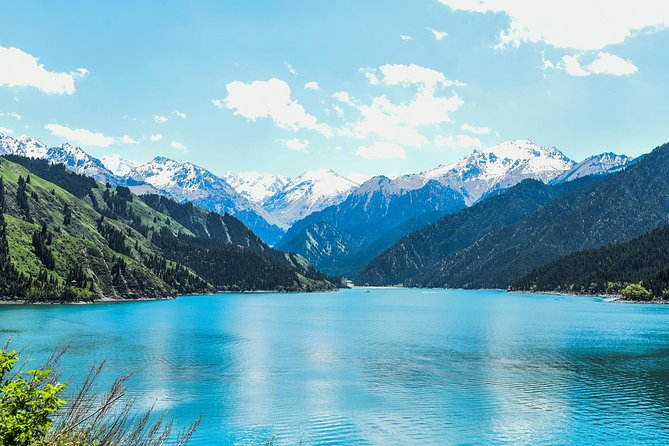 Full Day Private Tour to Tianshan Tianchi Lake from Urumqi
