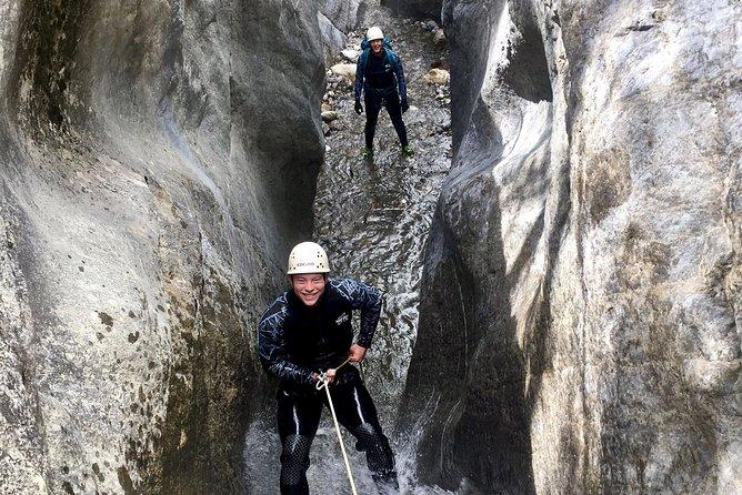 Canyoning - Heart Creek Canyon (Beginner level)