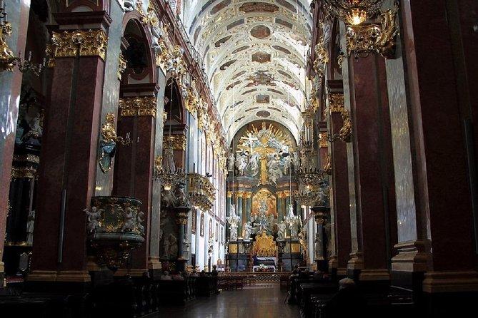 Krakow: 1-Day Private Tour to Jasna Gora & Czestochowa