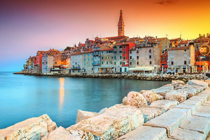 Private Day Trip to Rovinj with wine tasting included from Pula