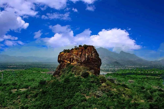 Full Day Tour to Sigiriya and Dambulla