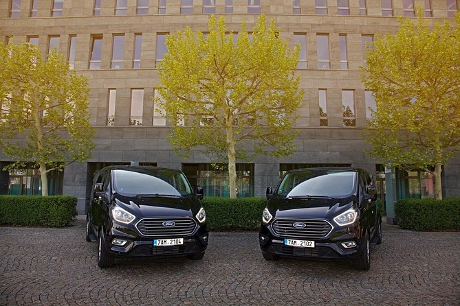 From Passau to Prague private transfer by minivan