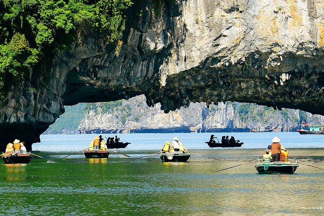 2 Days Halong Bay Cruise Experience with Pick Up from Hanoi