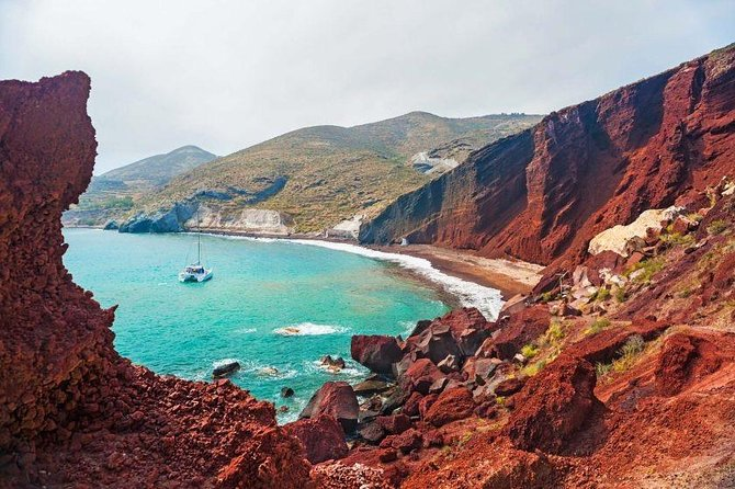 Explore the South part of Santorini