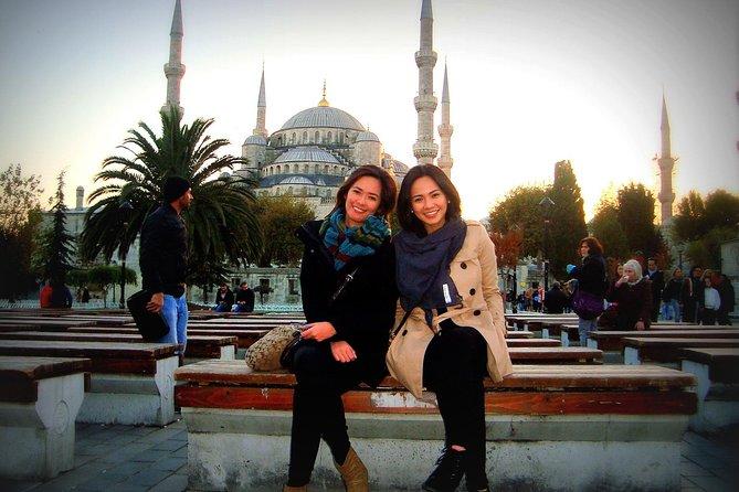 Istanbul Old City Tour: Hagia Sophia, Blue Mosque, Topkapi Palace, Grand Bazaar