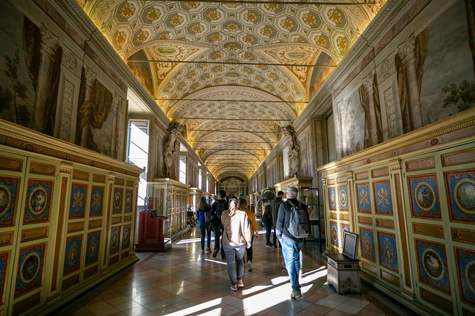 Best of Vatican Sistine Chapel and St.Peter's Dome with Skip the Line Access