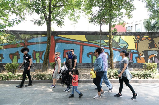 Private and personalized experience: see Mexico City with a local