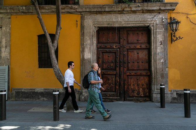Private Roma & Condesa walking experience: Mexico City's coolest neighborhoods