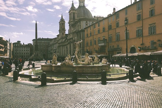 Private 2 Hour Walking Tour from Piazza Navona: Artistic Rome