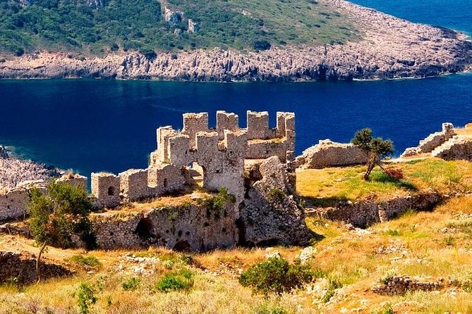 3-Days Polylimnio, Pylos and Methoni Private Tour from Athens