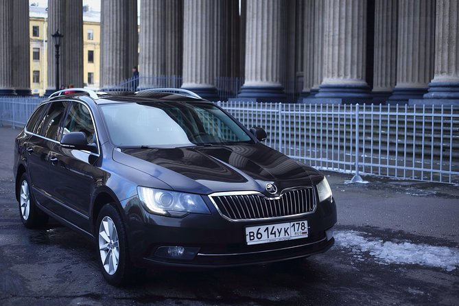 SPb LED - St.Petersburg City Center Transfer by Business Class Car