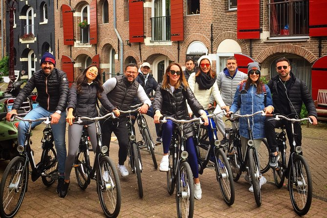 Bike Tour of Amsterdam's Highlights and Hidden Gems!