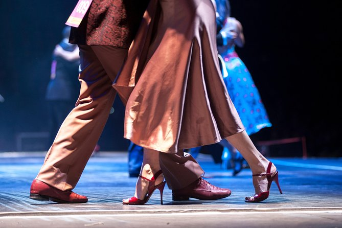 Guided tour in Colon Theatre + Evening Dinner Tango Show in El Viejo Almacen