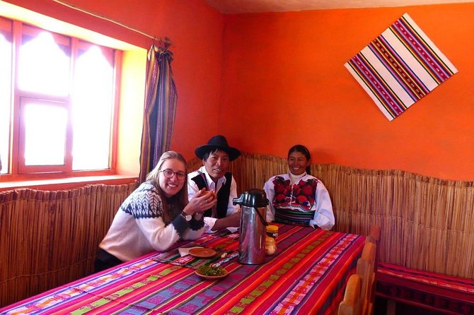 Tour Uros, Amantani and Taquile 2 days and 1 night