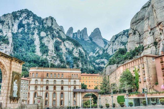 Poblet Igualada & Montserrat Small group hotel pick up from Salou / Tarragona