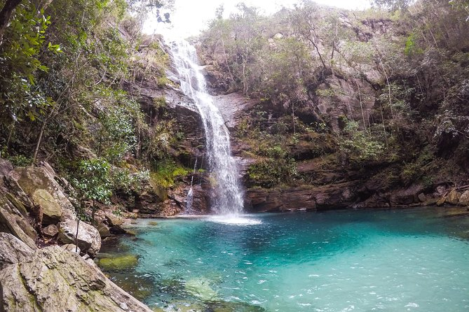 CAR + GUIDE: Santa Barbara Waterfall DAY TOUR :: Chapada dos Veadeiros