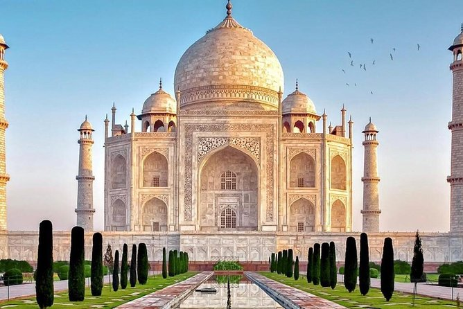 Agra Day Tour from Delhi by Private Car