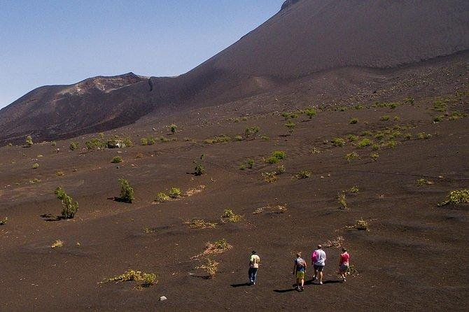 Sfl 01 - Full Day Volcano Tour