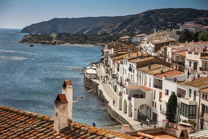 Figueres, Dalí & Cadaqués -Small group and hotel pick-up from Palamós