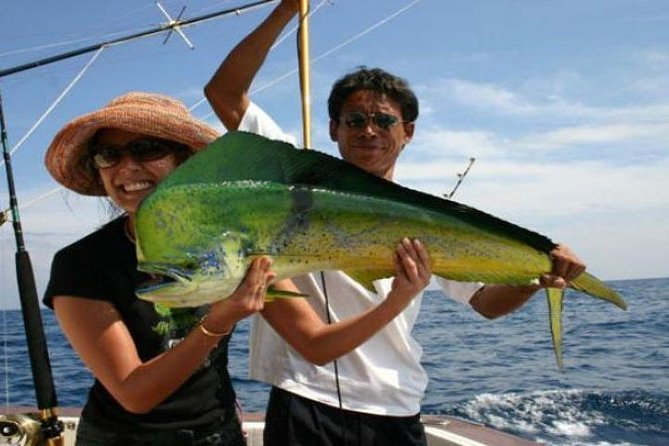 Day/Night Sea Fishing Tour from Koh Samui Including Hotel Transfer