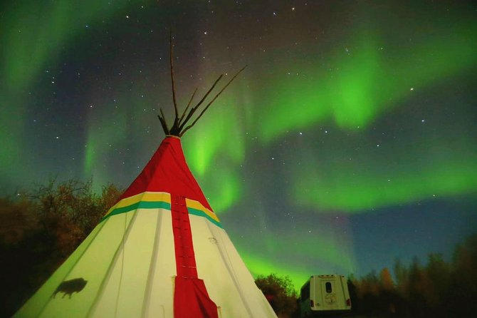 Aurora Viewing at Teepee Camp