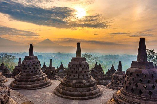 Borobudur, Prambanan, Kota Gede & Candirejo 2D1M