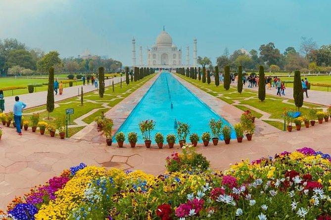 Taj Mahal Sunrise Tour by Car with All Inclusive