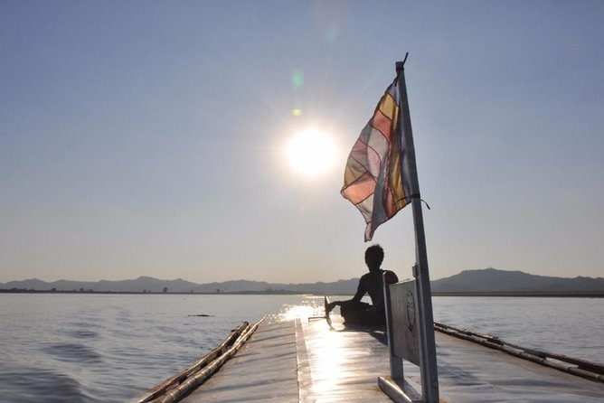 Half Day Boat Trip on Irrawaddy river from Bagan - Private tour