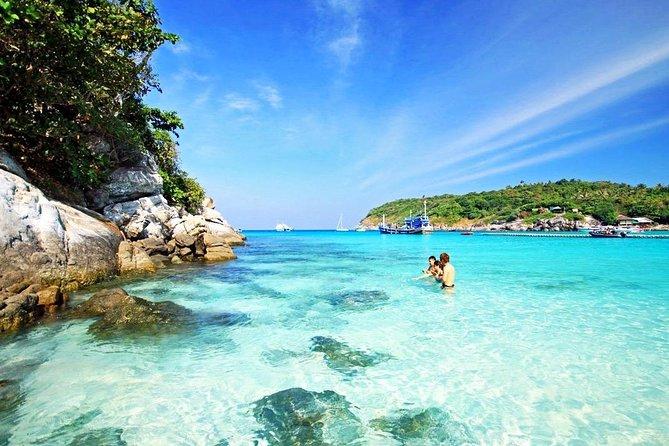 Private Customized Tour to Raya Island Tours